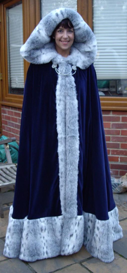 gwyn-cloak